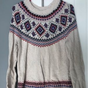 Cream knitted sweater with detailing